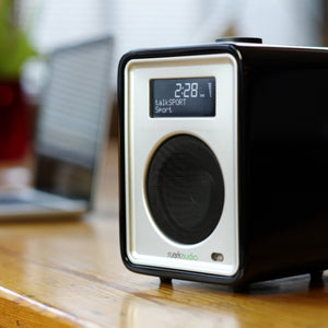 RUARK Compact Audio System R1mk3 - Soft Black Lacquer