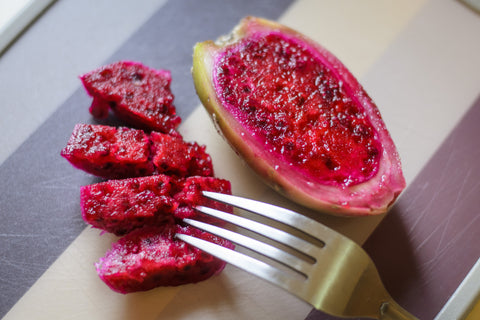 prickly pear cactus fruit to eat