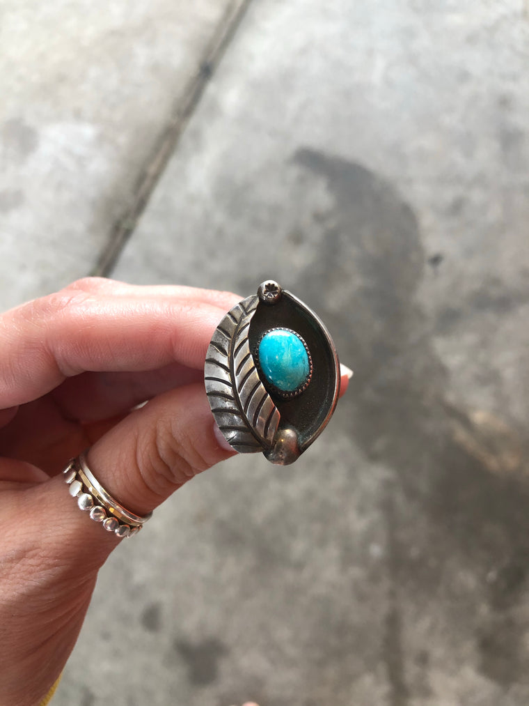 Shadow Box Leaf Ring