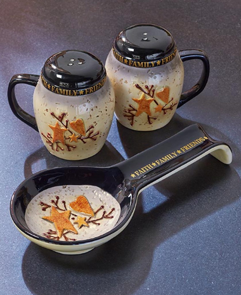Country Kitchen Hearts and Stars Salt & Pepper Spoon Rest Set