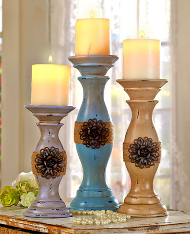 Set of 3 Antique Look Vintage-Inspired Romantic Candleholder Set