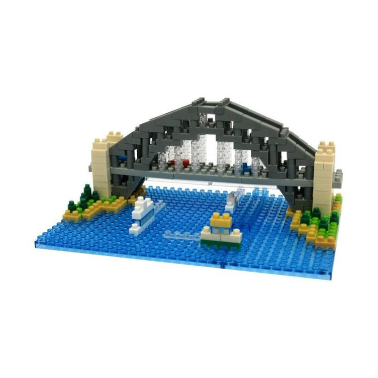 Micro-sized building blocks to replicate intricate detail of the Sydney Harbour Bridge featuring the colours grey, white, dark grey, blue and green