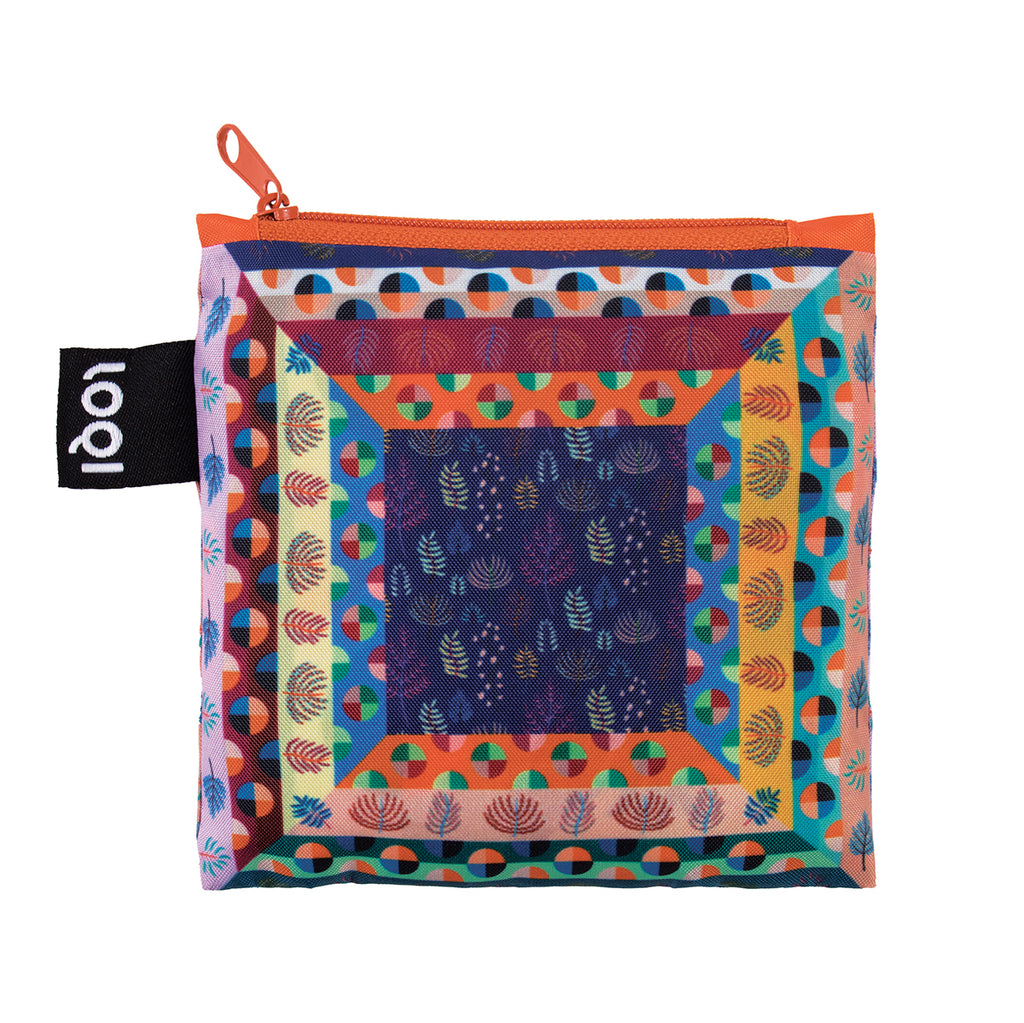 Additional zippered pouch with matching geometric print