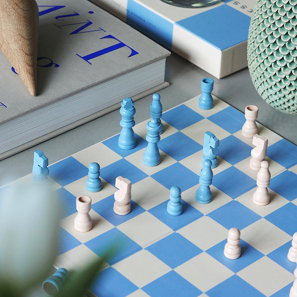 Chess set | Play games | Blue & white