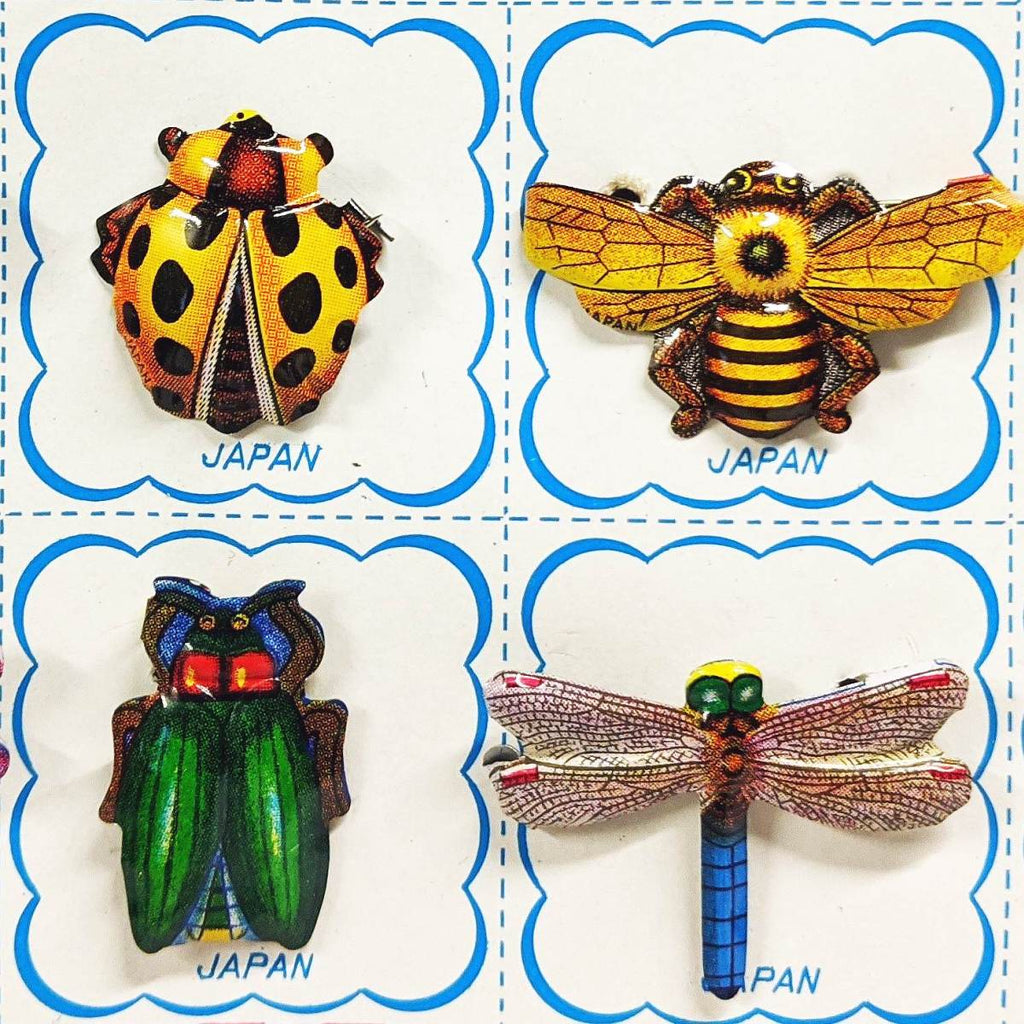 Tin badge | insect