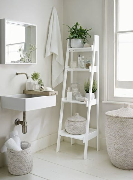 Cotton & Clay - Bathroom ladder shelf with woven storage baskets
