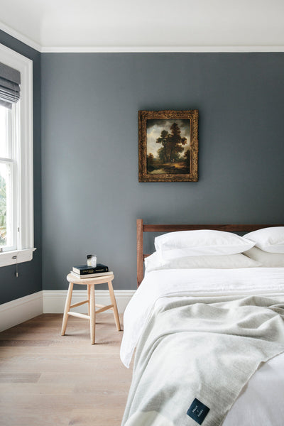 Cotton & Clay - The Art of Warm Minimalism - Pop of colour in bedroom