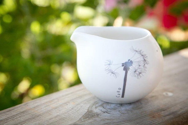 Cotton & Clay Dandelion Milk Jug - Matt White & Grey