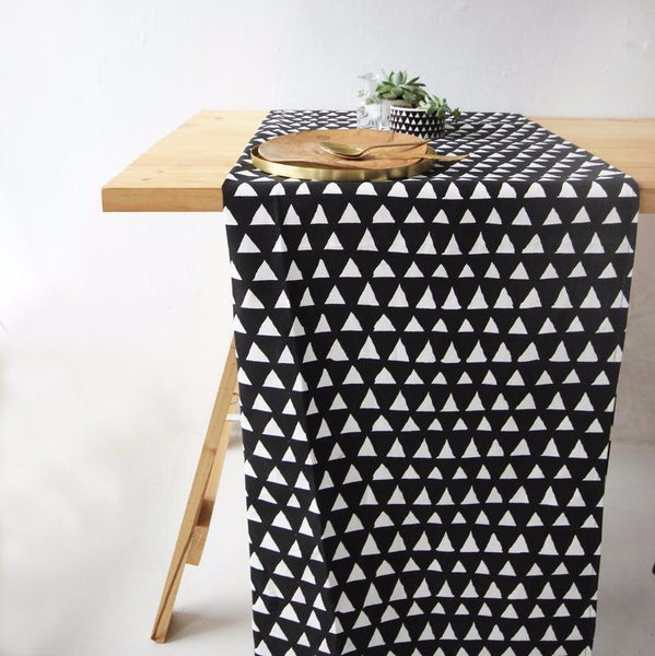 Cotton & Clay Table Runner - Black & White Triangle