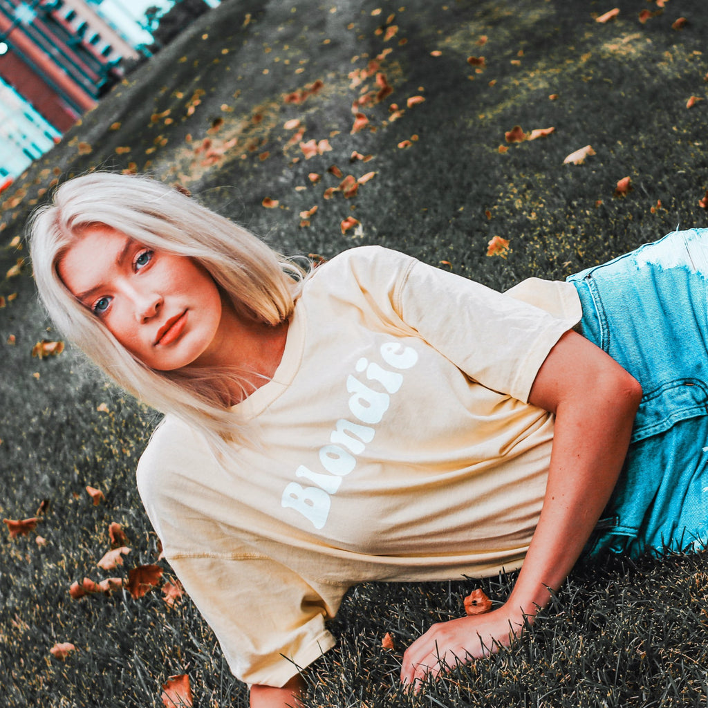 Oversized Blondie Tee - Comfort Colors