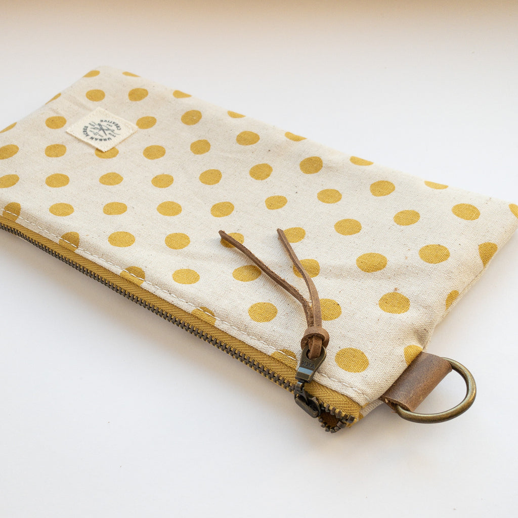 EVELETH - Zip Pouch - Yellow Dots