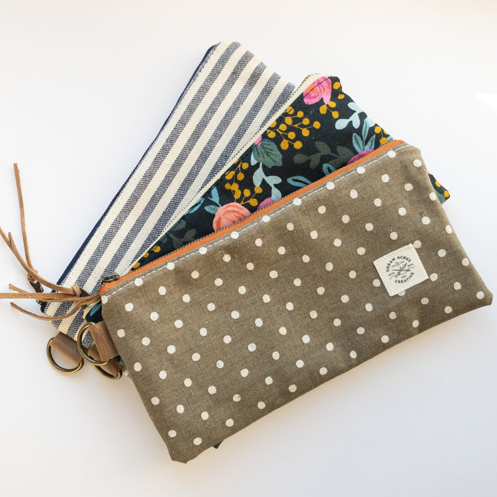 EVELETH - Zip Pouch - Natural Dots