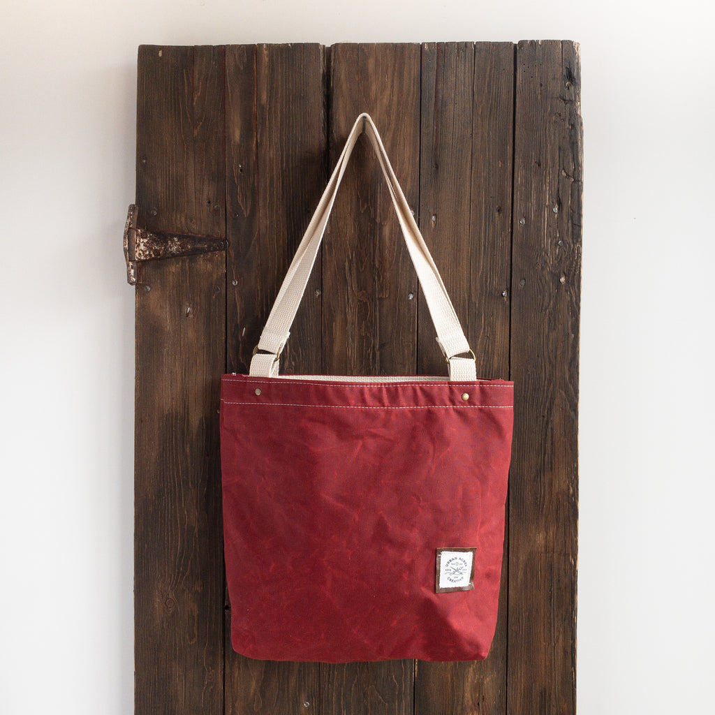 BLAINE - Small Tote Bag - Red + Buffalo