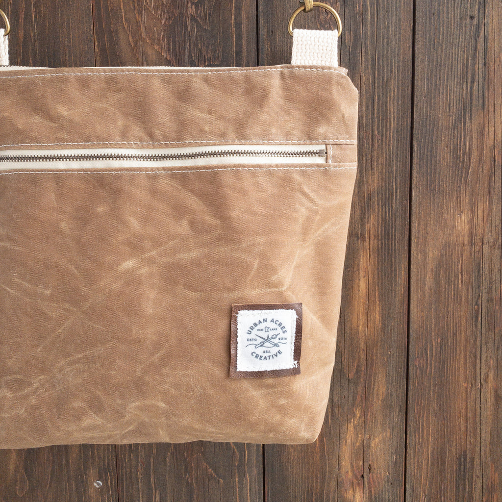 BRECKENRIDGE - Large Crossbody - Tan + Tie Dye