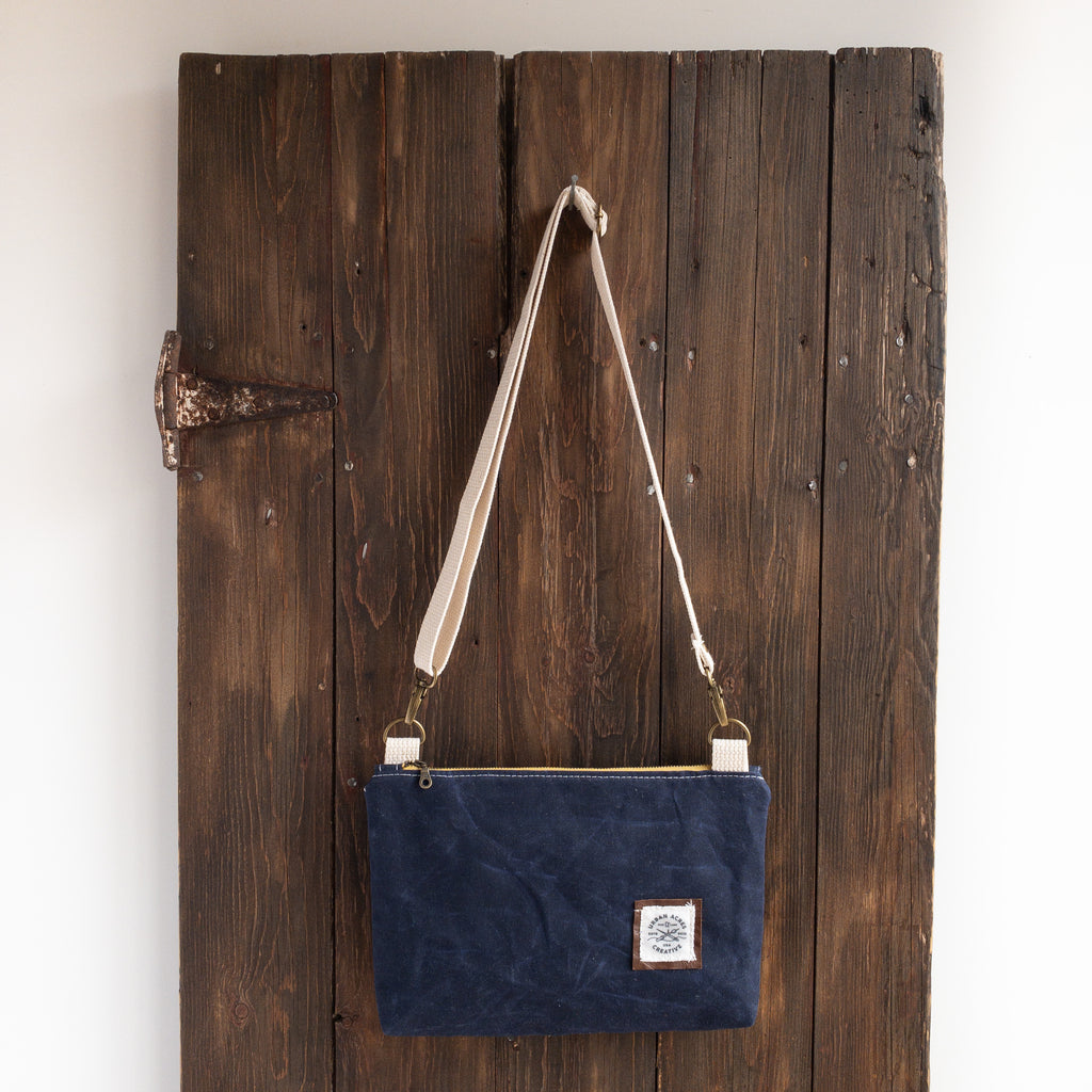 WINONA - Small Crossbody - Navy + Light Blue