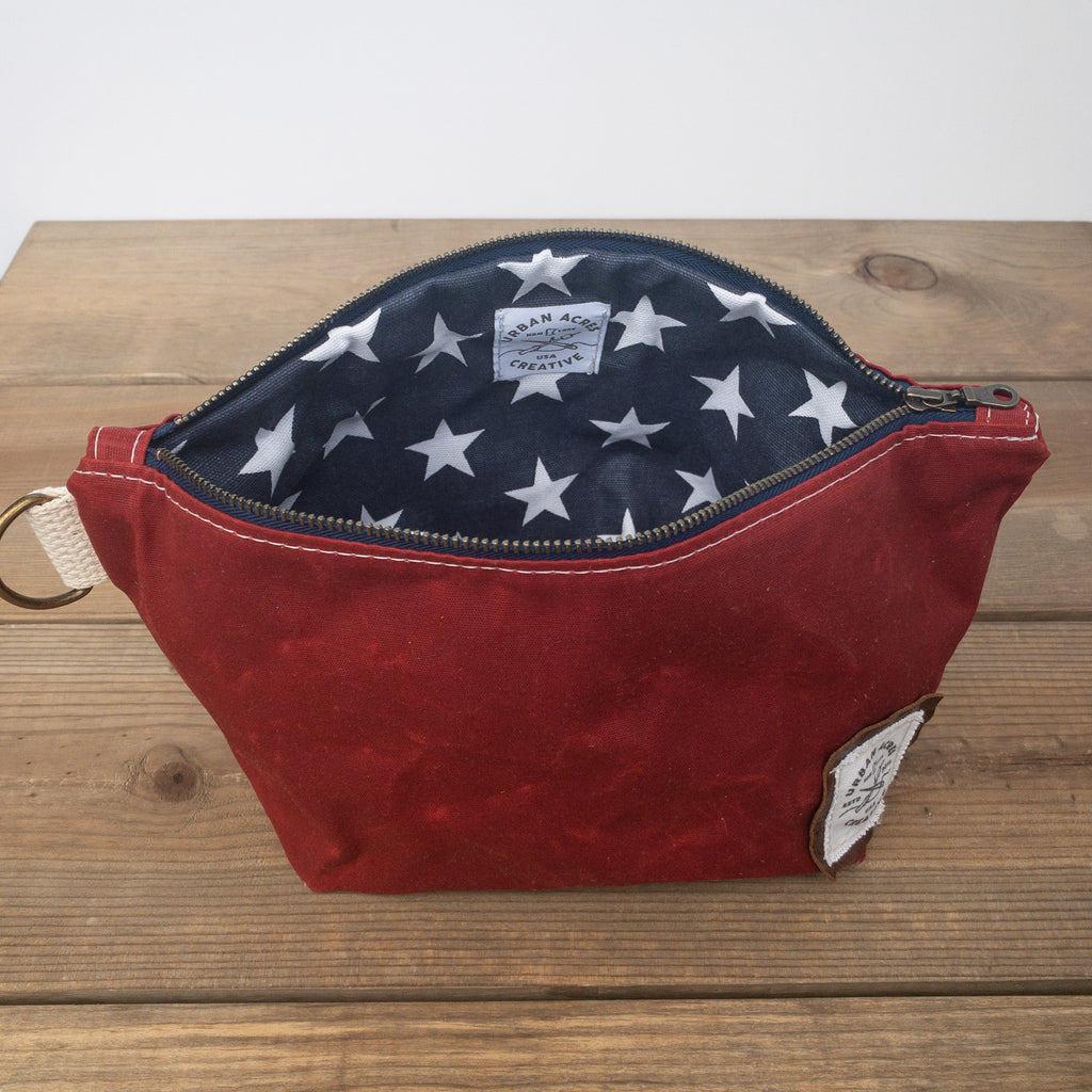 JORDAN - Make Up Bag - Red + Navy Stars