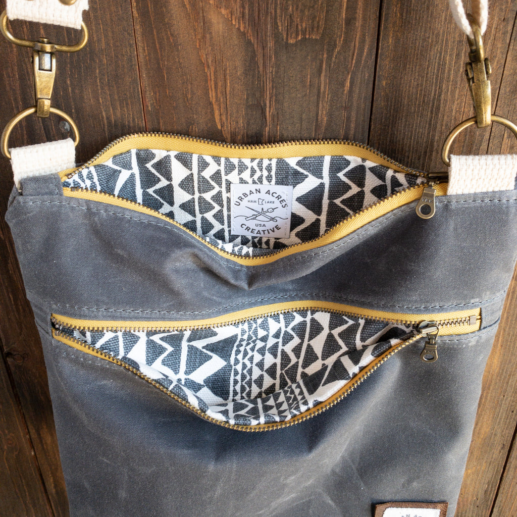 BRECKENRIDGE - Large Crossbody - Grey + Tribal