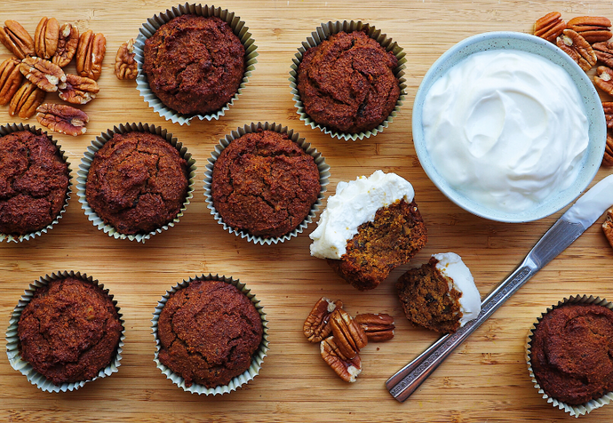 Healthy Maple Pumpkin Oat Muffins