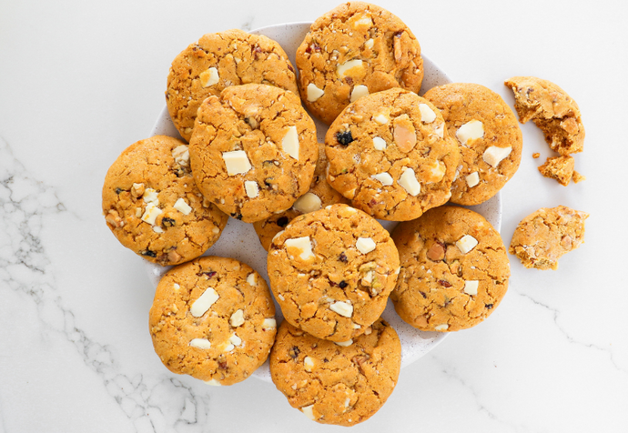 Recipe: White Choc Chunk Cranberry Cookies
