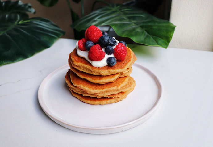 Recipe: Vanilla Collagen Pancakes