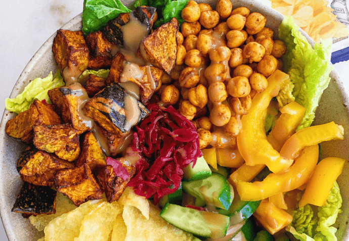 Vegetarian Recipe: Rainbow Crispy Nourish Bowl