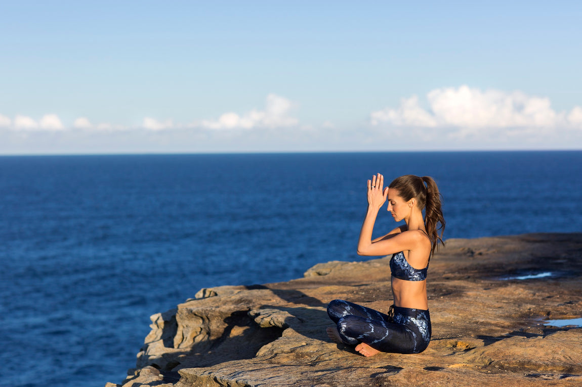 Melissa Ambrosini's 5 Ways to Hack Your Health feature image
