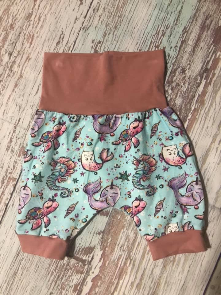 Grow with Me shorts 3-12m