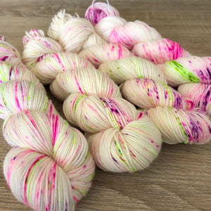 PRE ORDER Nana-Cindy NZ Originals - Merino Nylon 4ply Fingering Yarn