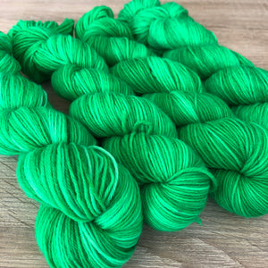 Load image into Gallery viewer, PRE ORDER Nana-Cindy NZ Originals - Squiggle Fingering Yarn