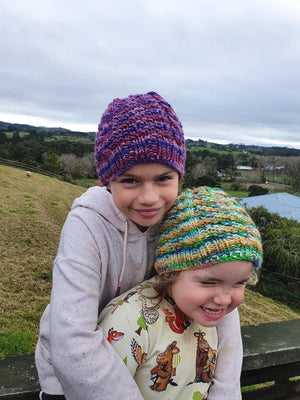 Free Girls knitted hat pattern easy