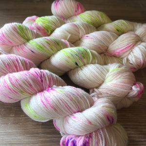 Pixie Dust NZ Grown Milled and Dyed 4ply 21 Micron Merino