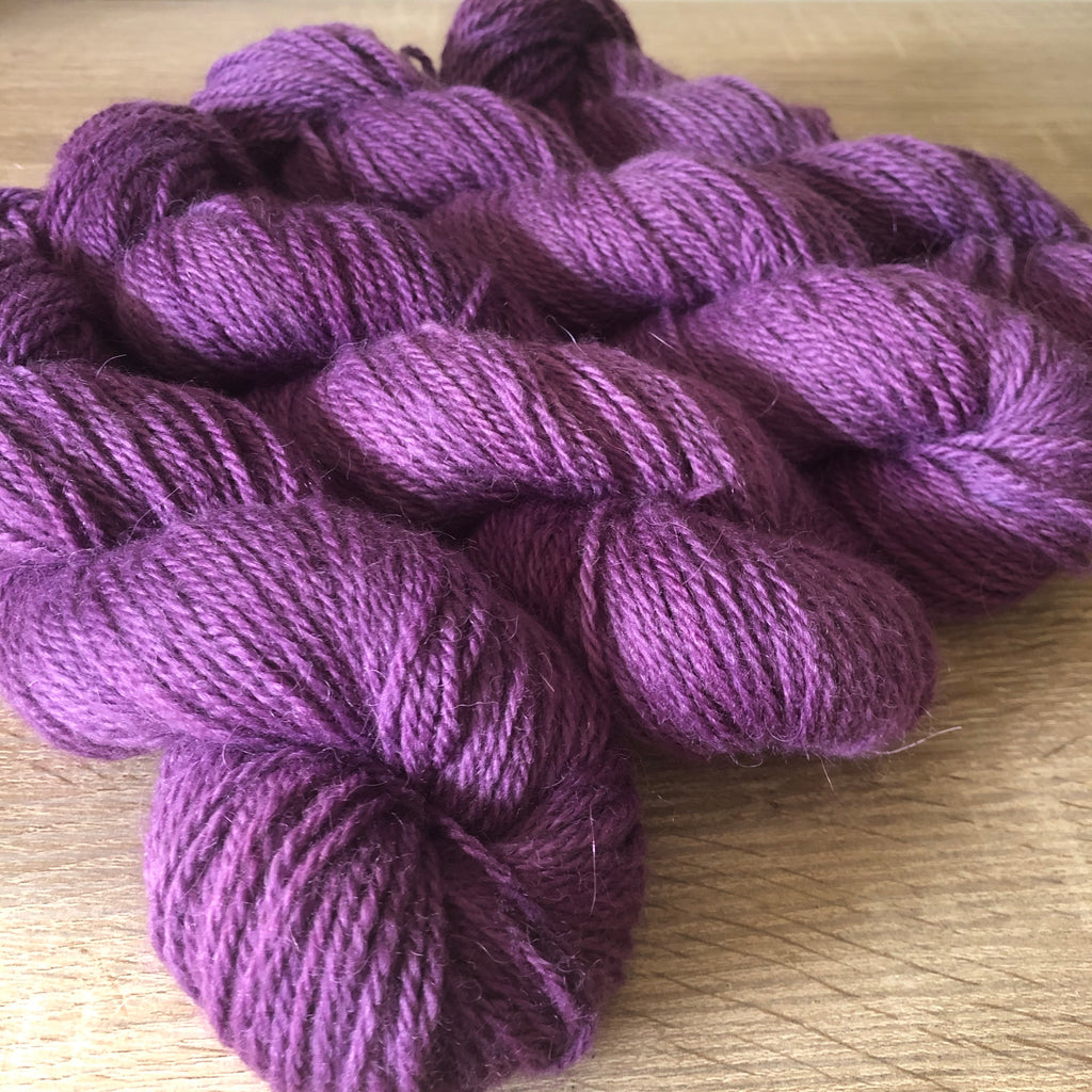 Their Royal Hotness - Sumptuous DK/10ply - The Woven Nana-Cindy Exclusive