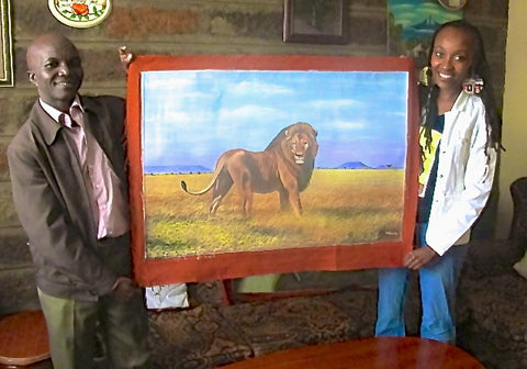 Wildlife Artist Wycliffe Ndwiga from Kenya with Website Owner, Gathinja Yamokoski