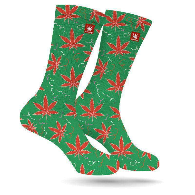 CHRISTMAS LEAVES MARIJUANA SOCKS