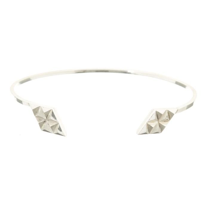 Louise Wade Rocka diamond open bangle sterling silver detail