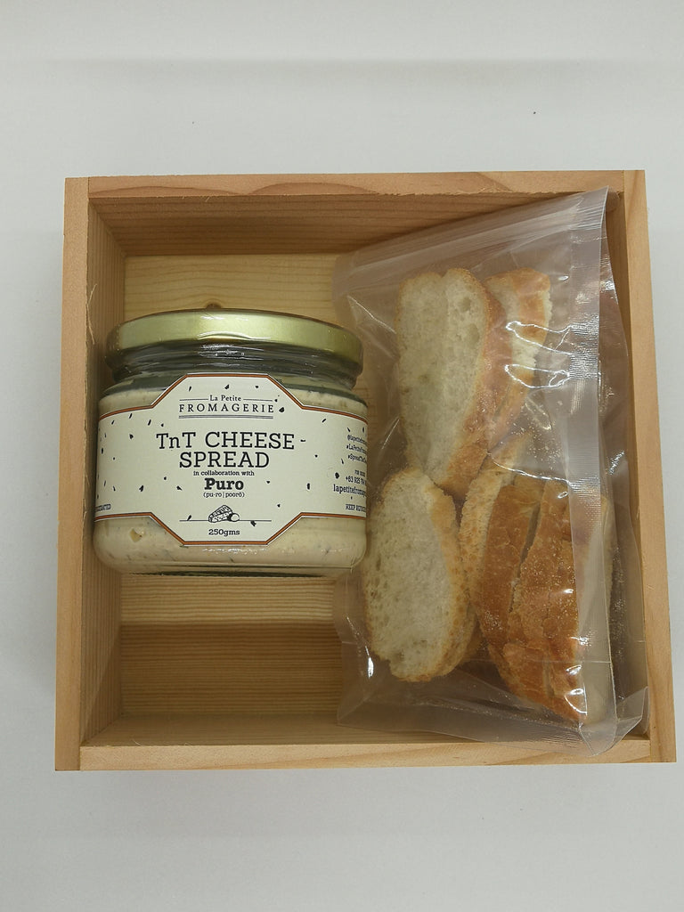 1 TnT Cheese Spread in a Gift Box with Crostinis