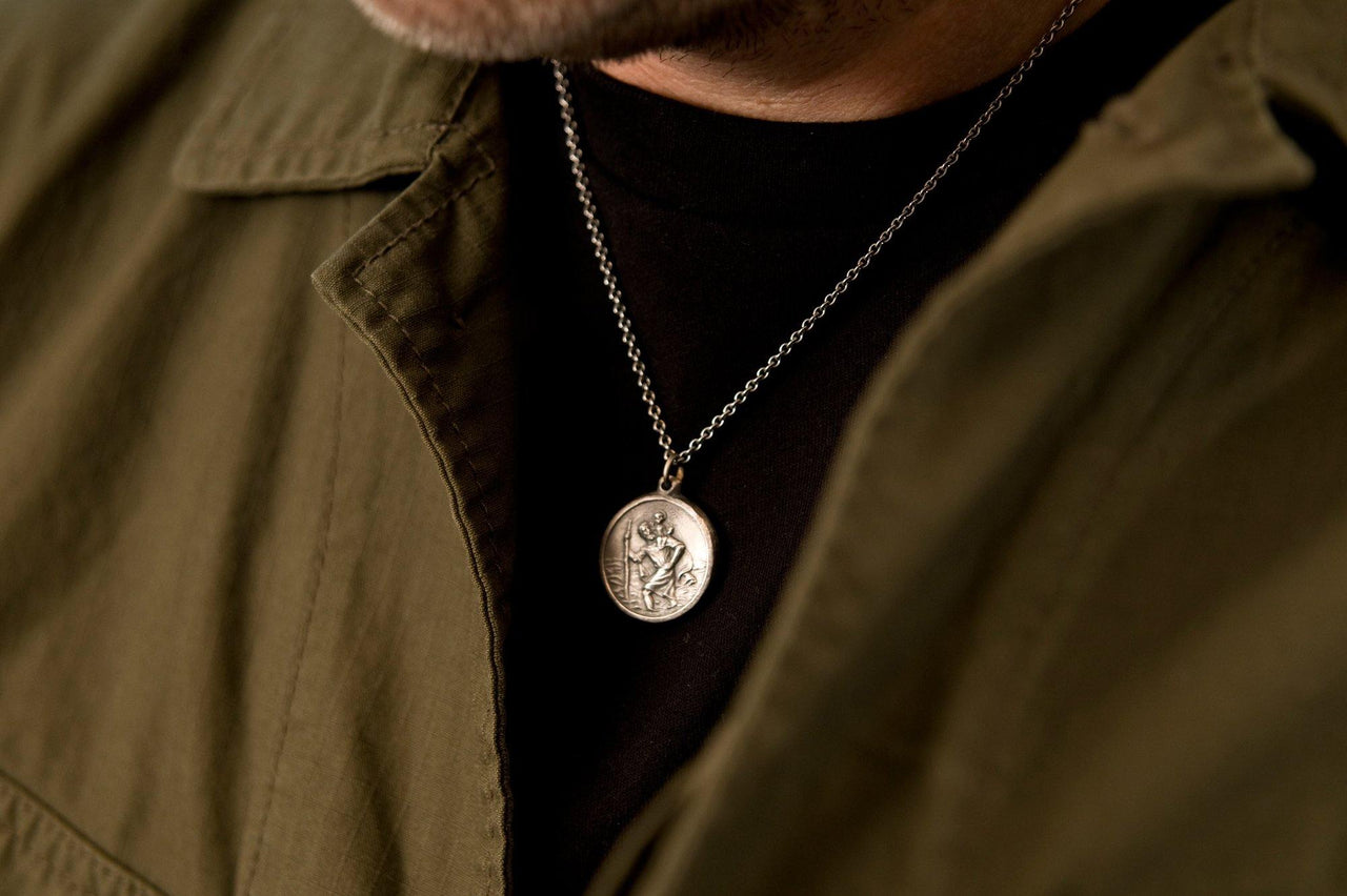 #053 - Necklace St. Christopher - round large