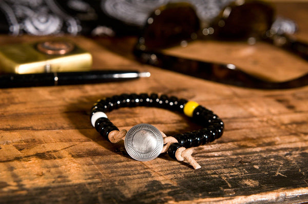 #146 - Men's Concho bracelet beads black