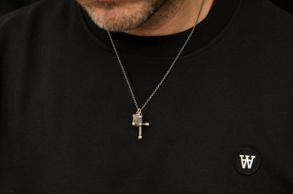 #054 - Necklace Cross and Shield