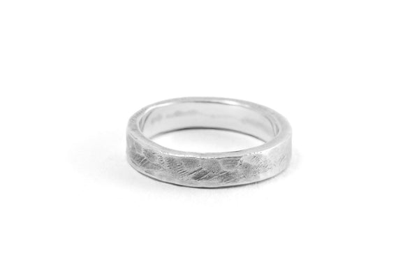 #011 - Ring Band Stackable