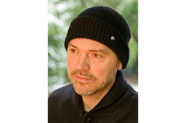 #089 - Watch Cap Merino wool – black
