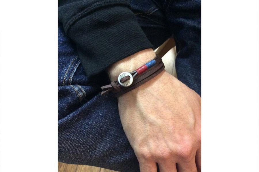 #172 - Men's bracelet button brown leather red blue - 877 Workshop
