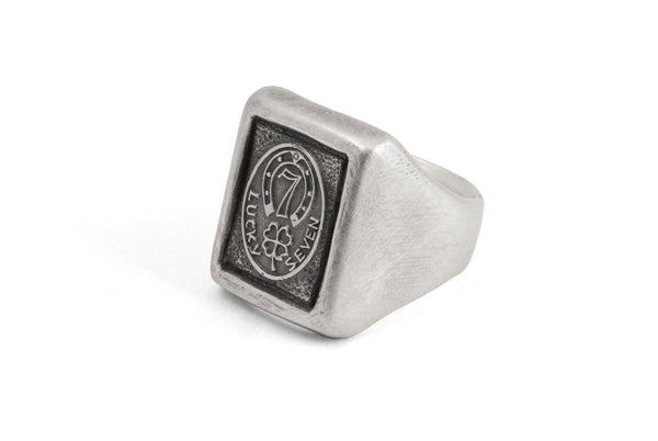#020 - Signet Ring Lucky Seven