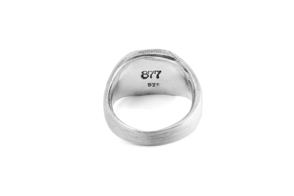 #9 - Signet Ring Diamond Pattern
