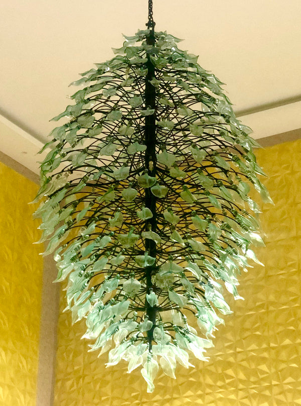 Chandelier 'Leaf of Leaves' bare bulbs, 1 x 5.5m, 4 x 1.8m