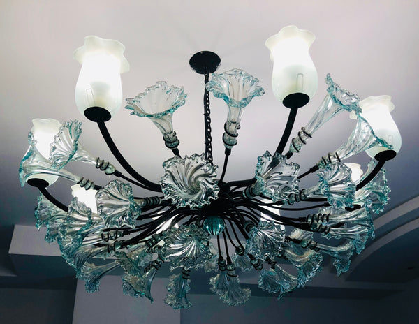 Chandelier 'Kitengela Classic' 8 light cups, clear flowers