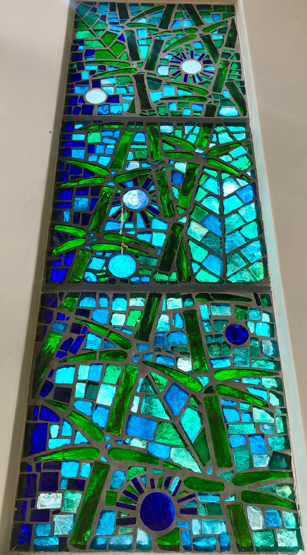 Dalle de Verre 'Bamblue' panels 1m x 4m