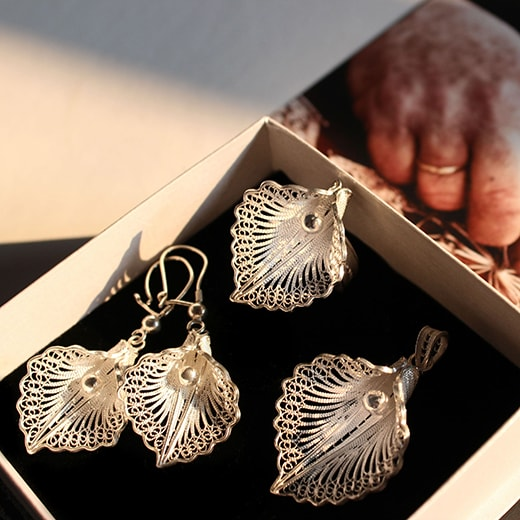 handmade silver  filigree set from Cyprus