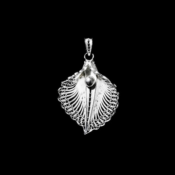 handmade silver jewelry from Cyprus - filigree pendant jewellery