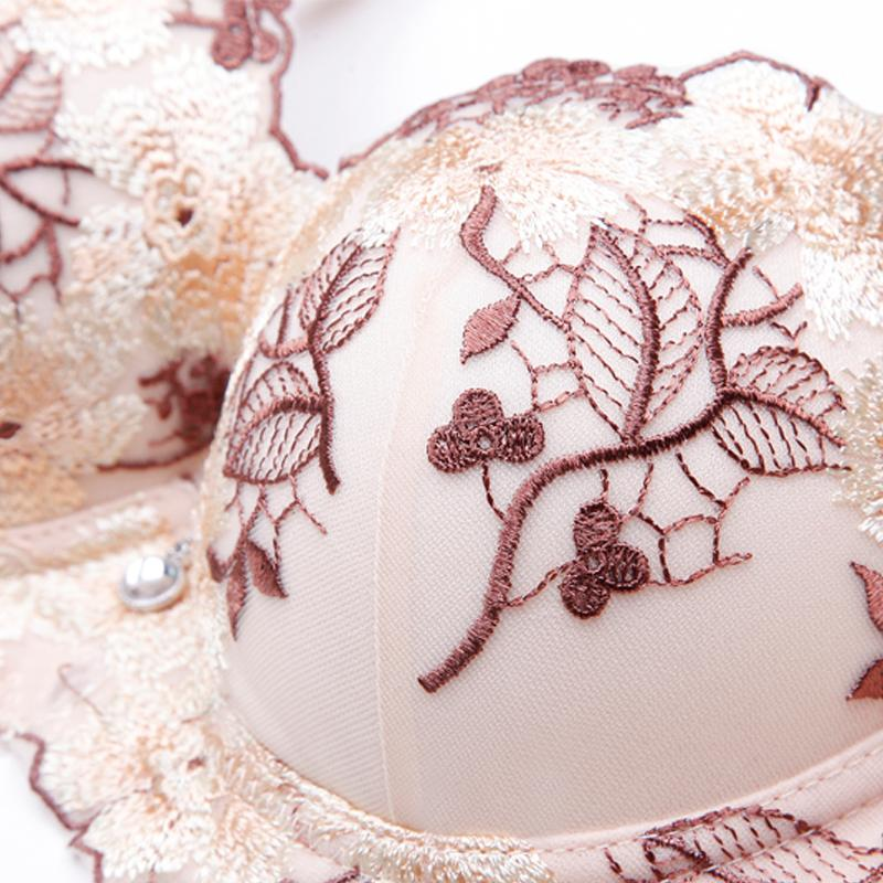Fiona Embroidered Push Up Bra